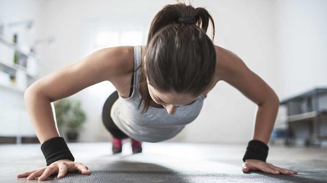 7 ghi nhớ để tập gym hiệu quả trong mùa hè - Ảnh 3.