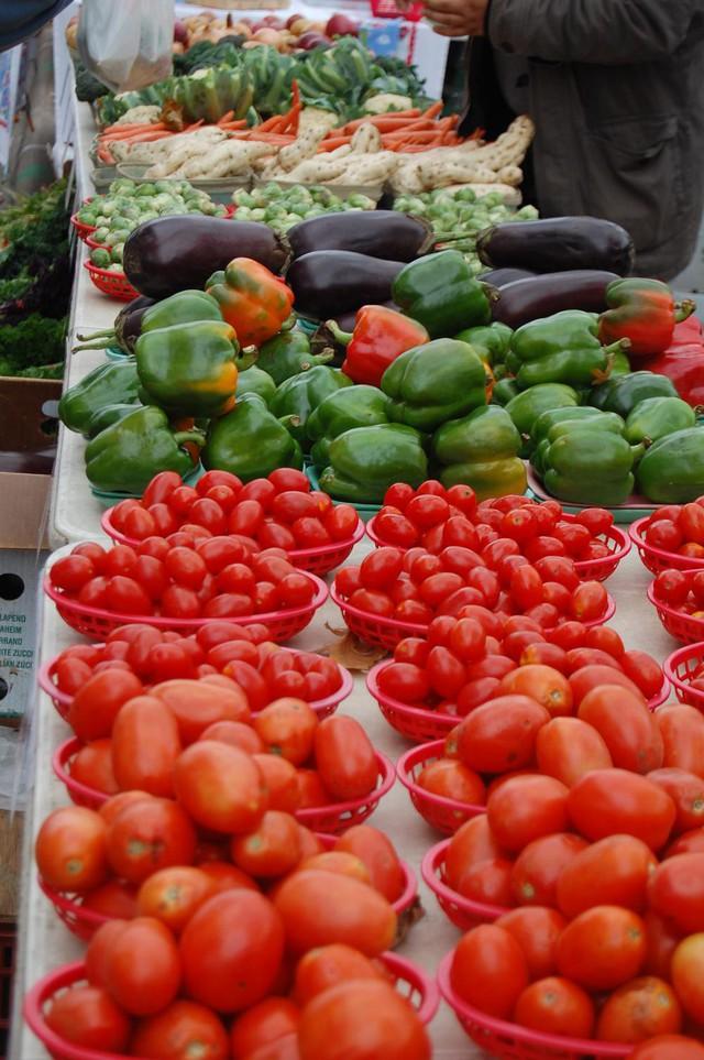 Thực phẩm sạch và chợ phiên nông sản - Ảnh 2.