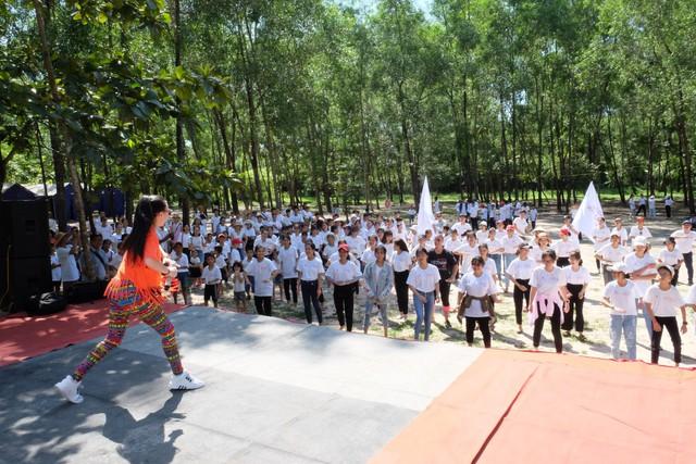Hưởng ứng Ngày hội Sức khỏe Toàn cầu 2019 - Ảnh 2.