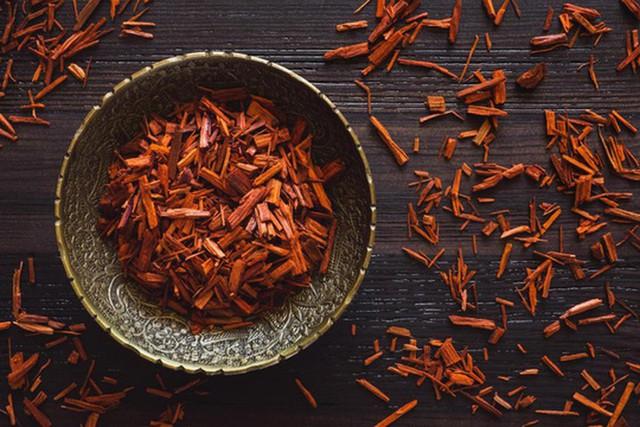 6 lợi ích làm đẹp của gỗ đàn hương - Ảnh 2.