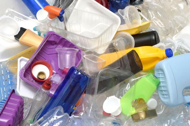 Báo động rác thải nhựa tại Việt Nam - Ảnh 1.