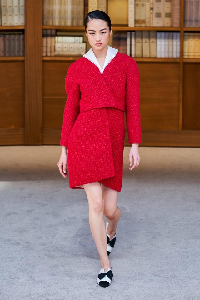 BST Haute Couture Thu – Đông 2019 của Chanel: cổ điển và tinh tế - Ảnh 17.