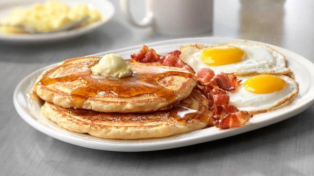 Vì sao bữa sáng là bữa ăn quan trọng nhất trong ngày? - Ảnh 1.