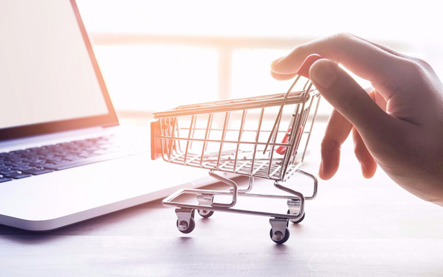 7 nhược điểm của mua sắm trực tuyến - Ảnh 1.