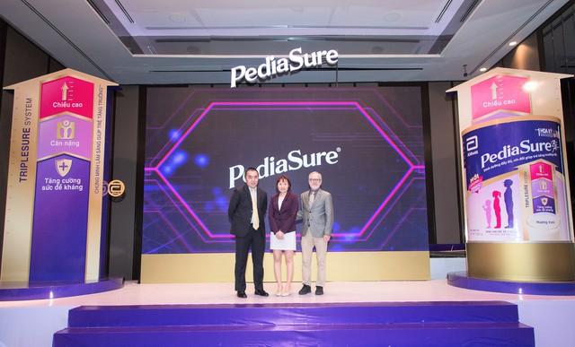 Abbott ra mắt PediaSure công thức mới tại Việt Nam - Ảnh 1.