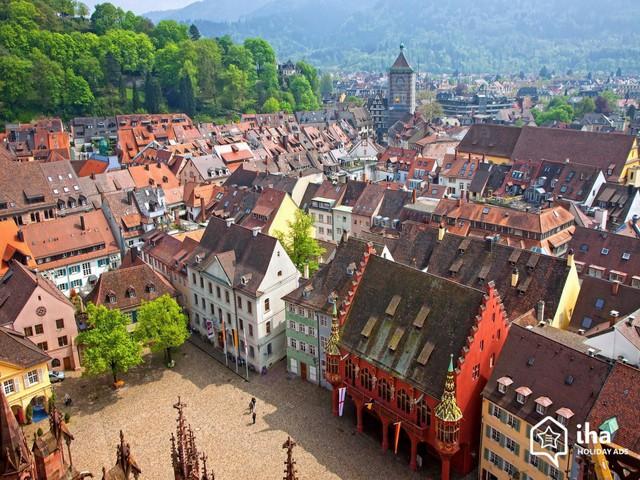 Freiburg: thành phố xanh đẹp như cổ tích - Ảnh 1.