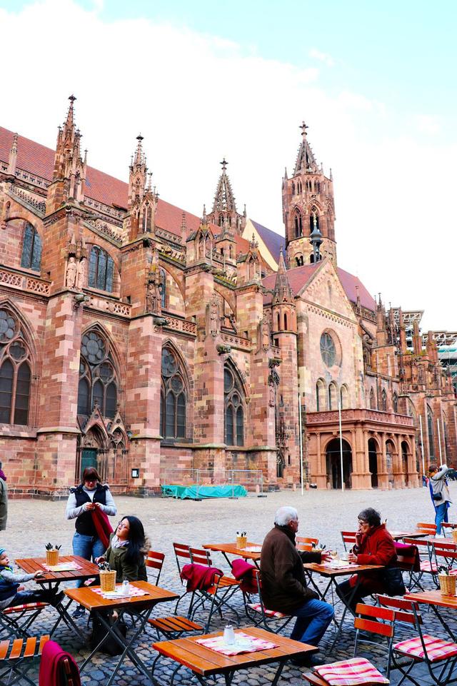 Freiburg: thành phố xanh đẹp như cổ tích - Ảnh 9.