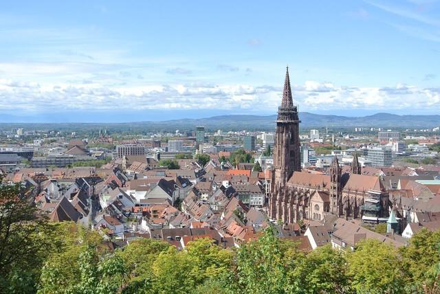 Freiburg: thành phố xanh đẹp như cổ tích - Ảnh 4.
