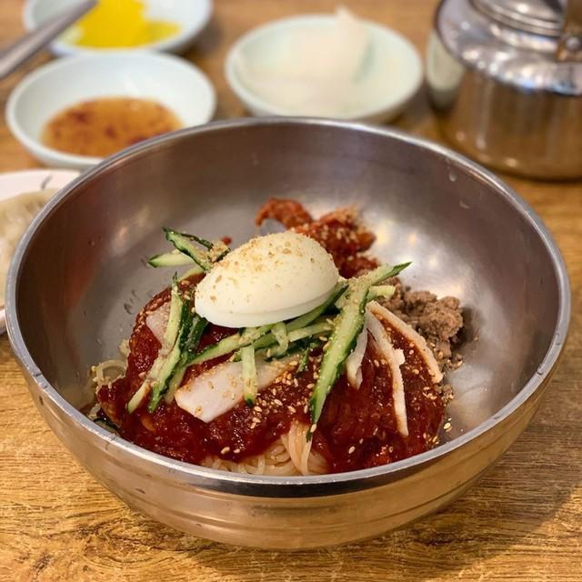 Đánh tan cái nóng Busan với món mỳ Milmyeon - Ảnh 4.