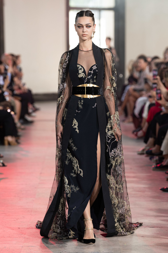 BST Haute Couture Thu - Đông 2019 của Elise Saab: phương Đông huyền bí - Ảnh 6.