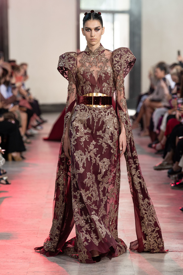 BST Haute Couture Thu - Đông 2019 của Elise Saab: phương Đông huyền bí - Ảnh 12.