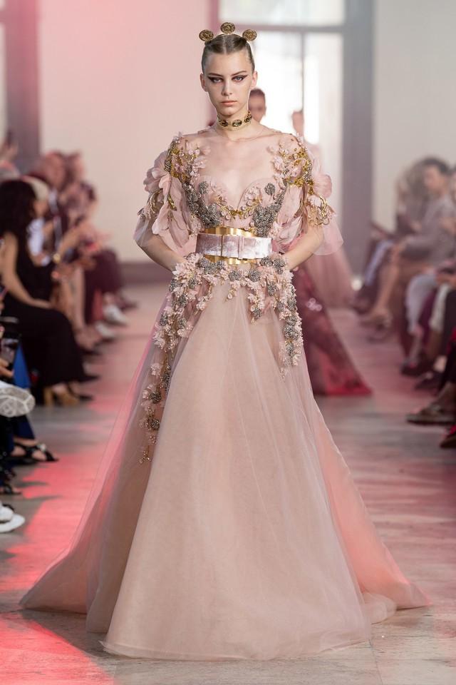 BST Haute Couture Thu - Đông 2019 của Elise Saab: phương Đông huyền bí - Ảnh 17.