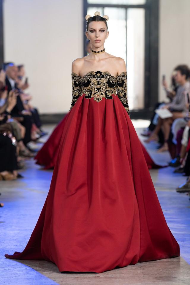 BST Haute Couture Thu - Đông 2019 của Elise Saab: phương Đông huyền bí - Ảnh 3.