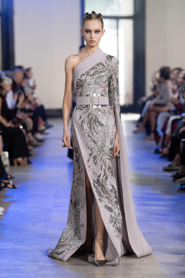 BST Haute Couture Thu - Đông 2019 của Elise Saab: phương Đông huyền bí - Ảnh 5.