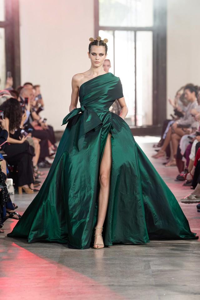 BST Haute Couture Thu - Đông 2019 của Elise Saab: phương Đông huyền bí - Ảnh 10.