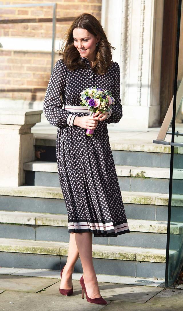 Diện váy vintage như công nương Kate Middleton, bạn đã biết cách chưa? - Ảnh 14.