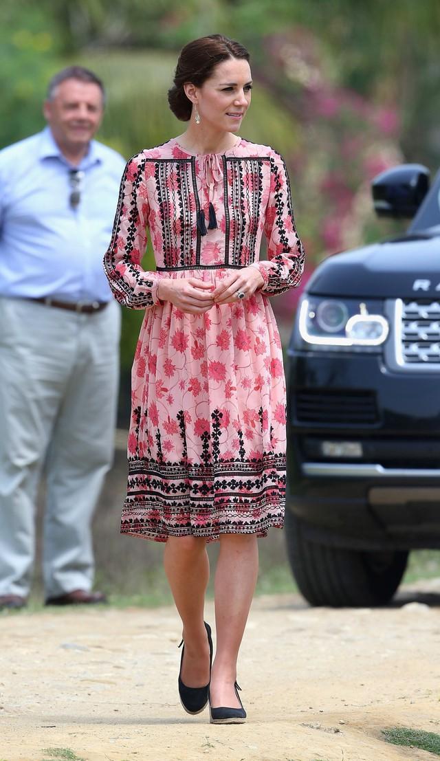 Diện váy vintage như công nương Kate Middleton, bạn đã biết cách chưa? - Ảnh 16.