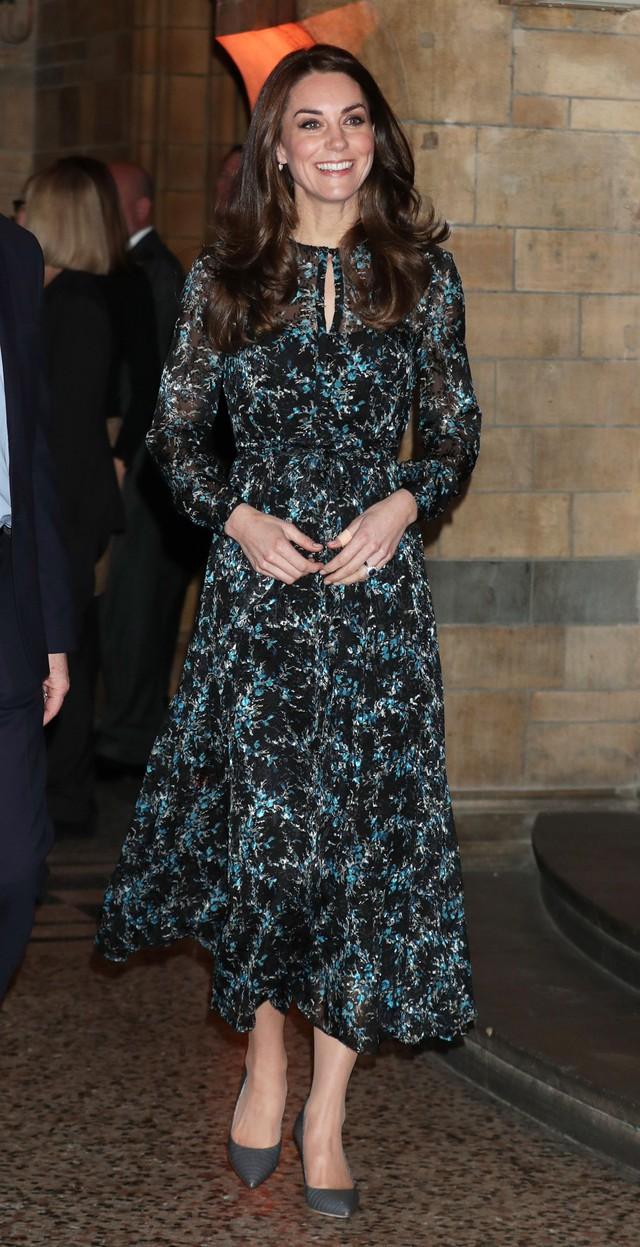 Diện váy vintage như công nương Kate Middleton, bạn đã biết cách chưa? - Ảnh 6.