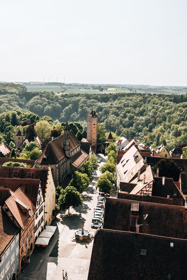 Rothenburg: thị trấn lãng mạn nhất nước Đức - Ảnh 2.