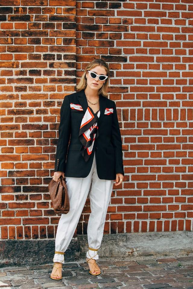 Trang phục street style tại Tuần lễ thời trang Copenhagen 2020 - Ảnh 15.