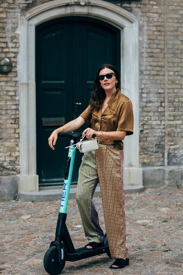 Trang phục street style tại Tuần lễ thời trang Copenhagen 2020 - Ảnh 6.