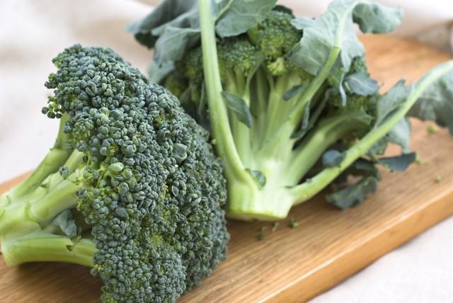 7 loại thực phẩm nâng cao hệ miễn dịch lúc giao mùa - Ảnh 1.