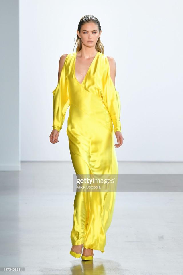 BST Xuân – Hè 2020 của Công Trí thành công tại New York Fashion Week - Ảnh 10.