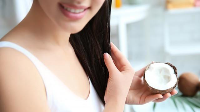 Lợi ích tuyệt vời của dầu dừa cho tóc của bạn - Ảnh 1.