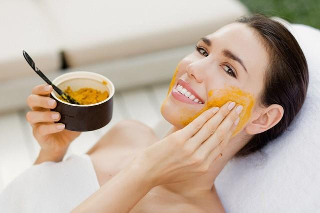 Cách chăm sóc da mặt hiệu quả vào mùa hanh khô - Ảnh 2.