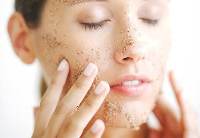 Cách chăm sóc da mặt hiệu quả vào mùa hanh khô - Ảnh 3.