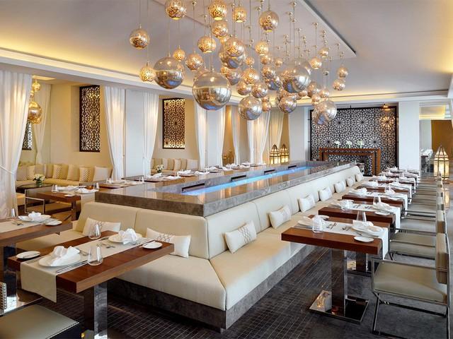 Tham quan khách sạn chọc trời tại Dubai - Ảnh 10.