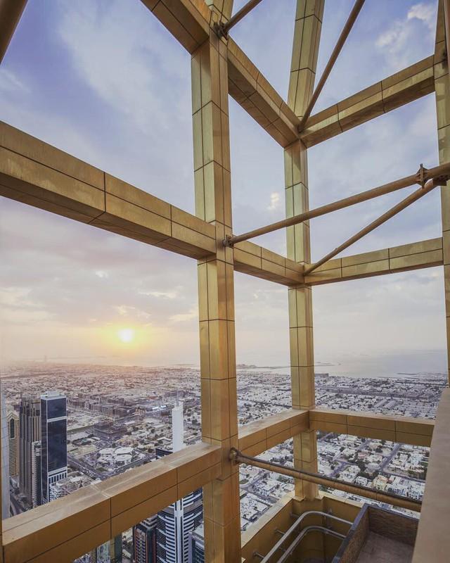 Tham quan khách sạn chọc trời tại Dubai - Ảnh 7.