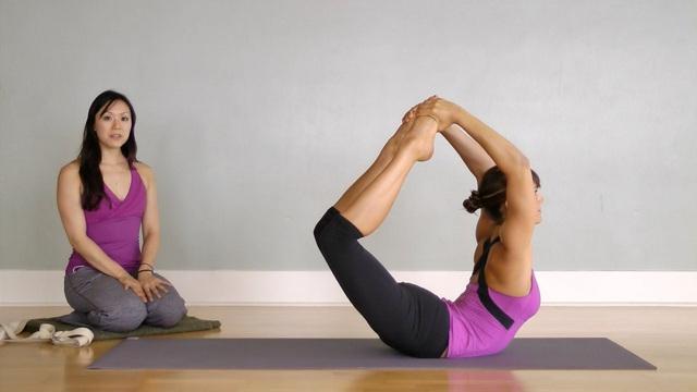 5 tư thế Yoga giúp cải thiện hệ hô hấp - Ảnh 3.