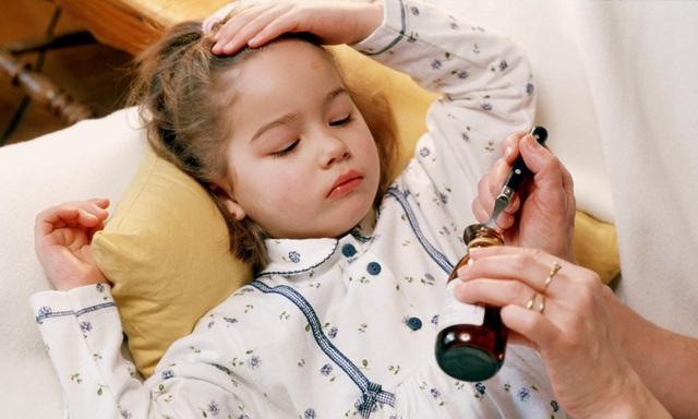 Cách bổ sung dinh dưỡng khi trẻ bị cúm và tiêu chảy - Ảnh 1.