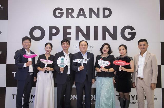 Tonymoly khai trương showroom mới tại Việt Nam - Ảnh 1.