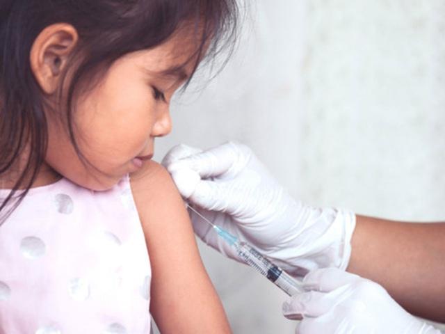 Chăm sóc cho trẻ bị cúm và cách phòng ngừa - Ảnh 2.