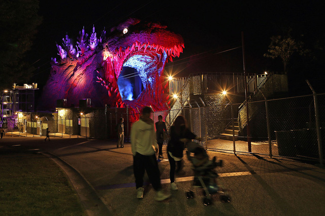 Bảo tàng Godzilla đầu tiên trên thế giới đã mở cửa - Ảnh 2.