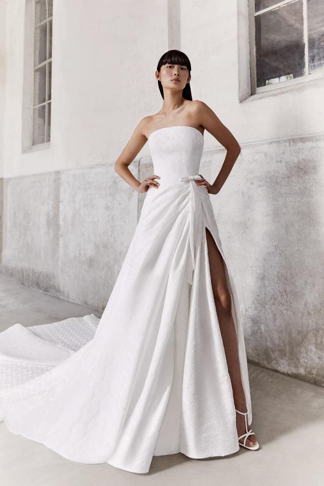 10 bộ váy cô dâu đẹp nhất mùa cưới này - Ảnh 9.