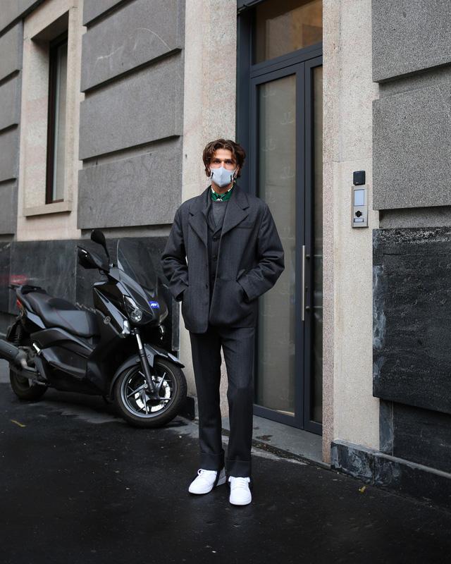 Street style tại các tuần lễ thời trang: suits vẫn phủ sóng - Ảnh 13.