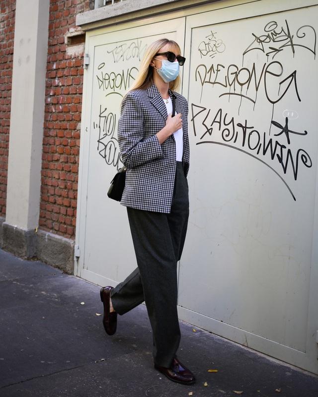 Street style tại các tuần lễ thời trang: suits vẫn phủ sóng - Ảnh 4.