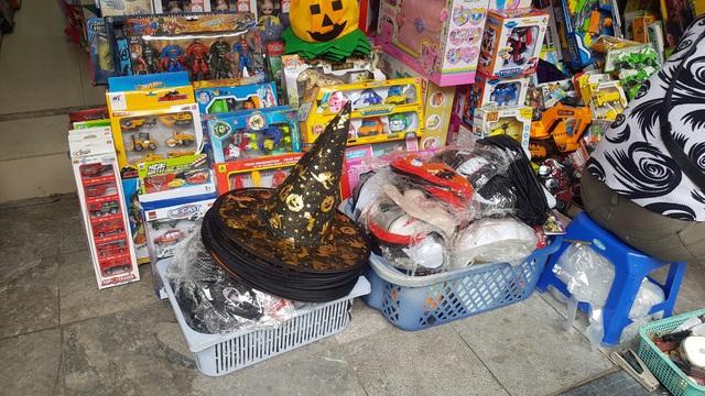 Thị trường Halloween: hàng Trung Quốc vẫn chiếm đa số - Ảnh 3.