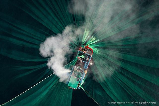 23 bức ảnh chụp từ trên không sẽ đưa bạn đến nhiều nơi trên thế giới - Ảnh 14.