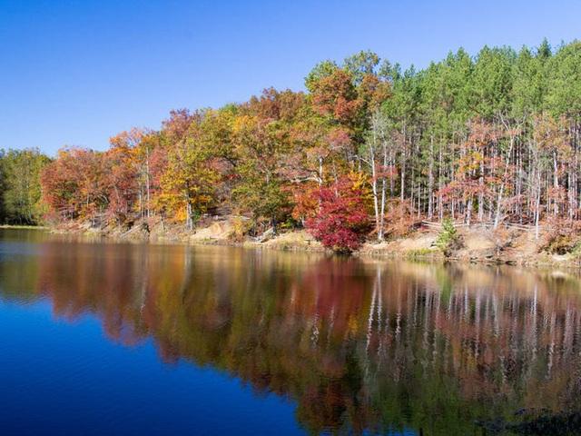 Những hồ nước đẹp mê hồn tại mỗi tiểu bang Hoa Kỳ - Ảnh 14.
