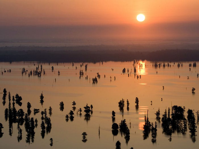 Những hồ nước đẹp mê hồn tại mỗi tiểu bang Hoa Kỳ - Ảnh 40.