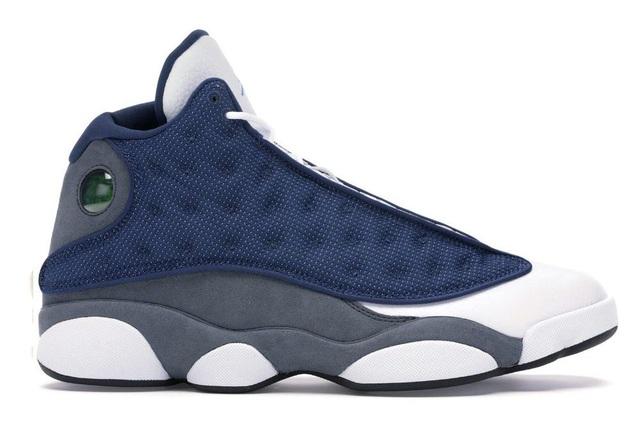 10 đôi giày sneakers bán chạy nhất năm 2020 - Ảnh 10.