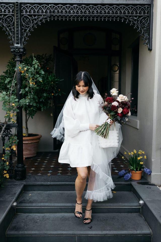 Hành trình chọn váy cưới của một cô dâu người Úc - Ảnh 13.