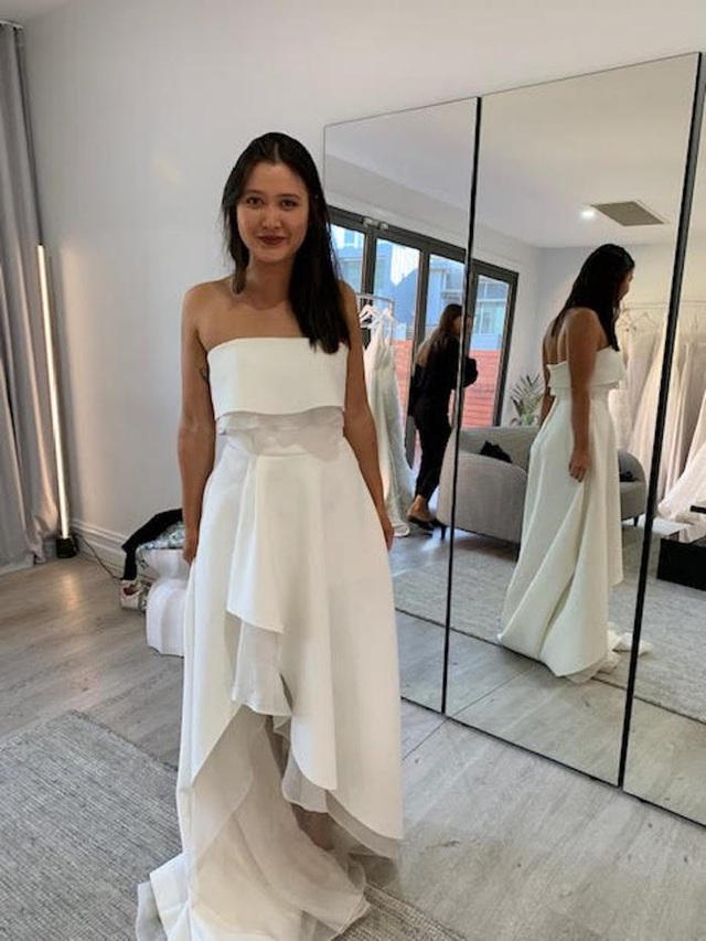 Hành trình chọn váy cưới của một cô dâu người Úc - Ảnh 3.