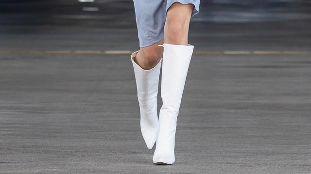 Những xu hướng thời trang sẽ chiếm ưu thế trong năm 2021 - Ảnh 7.