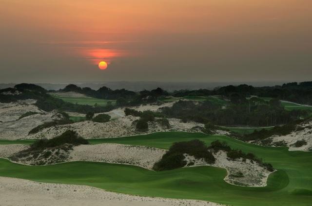 Greg Norman – người góp phần đưa Việt Nam vào bản đồ golf thế giới - Ảnh 2.