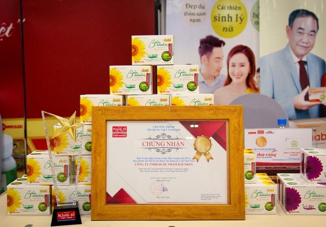 Bảo Xuân vinh dự nhận giải thưởng Sản phẩm nội tiết tố nữ được tin dùng số 1 Việt Nam - Ảnh 2.